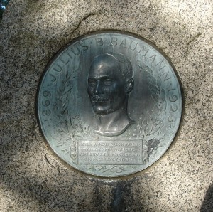 Julius Baumann grave marker